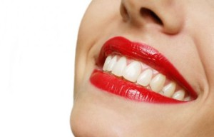 smile_teeth_redlips_640